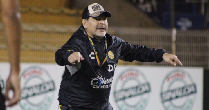 Maradona castigado por un partido en el Ascenso mexicano