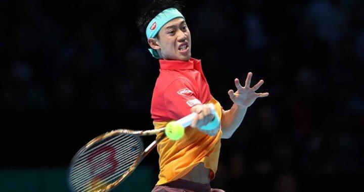 Nishikori sorprendió a Federer en el comienzo del Masters de Londres