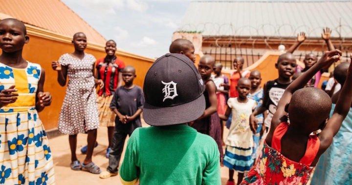 Grandeliga de los Tigres de Detroit lleva el béisbol a África