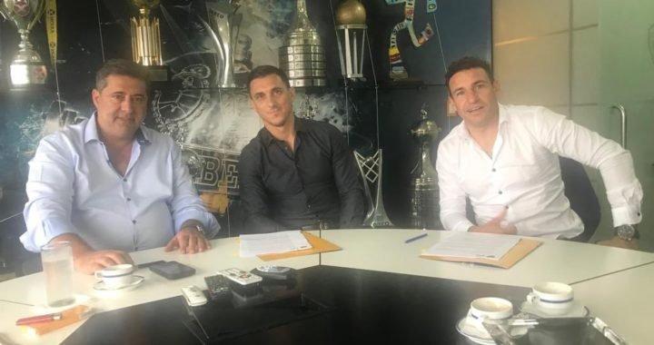 Boca inicia su renovación: Nicolás Burdisso pactó como nuevo Director Deportivo