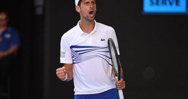 Novak Djokovic cede un set pero avanza a los octavos del Abierto de Australia