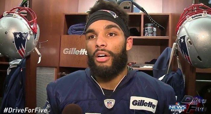 Jugador de NFL arrestado por golpear a un oficial de policía