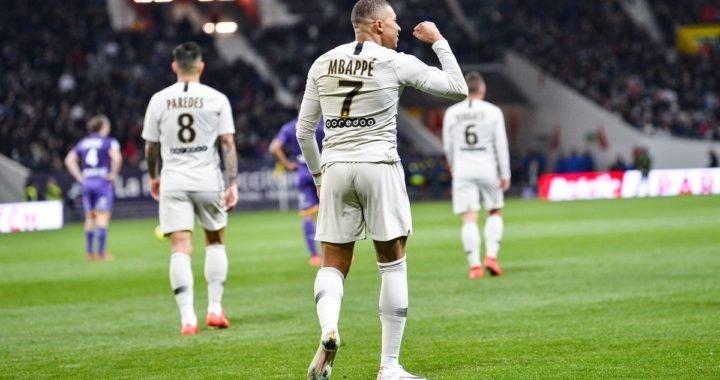 Kylian Mbappé fue el salvador del PSG ante el Toulouse