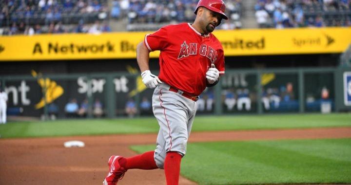 Albert Pujols sigue escalando en la lista histórica de impulsadas en la MLB