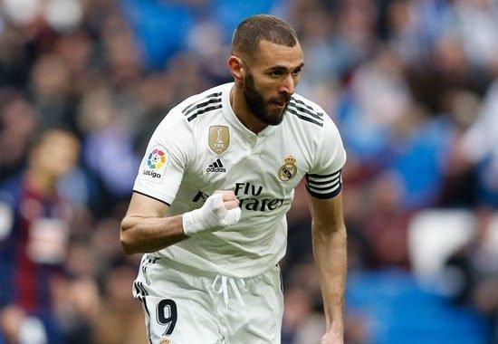 Real Madrid remontó ante el Eibar con un doblete de Karim Benzema