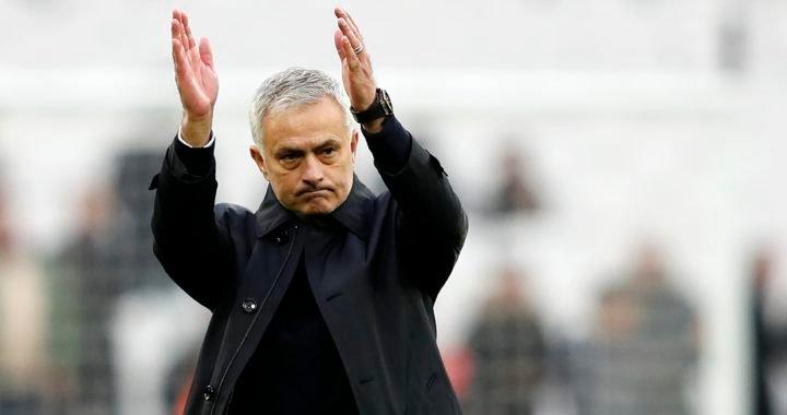 José Mourinho debutó con victoria en el banquillo del Tottenham
