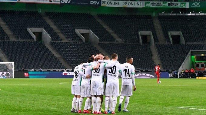 Borussia Mönchengladbach muestra su lado solidario