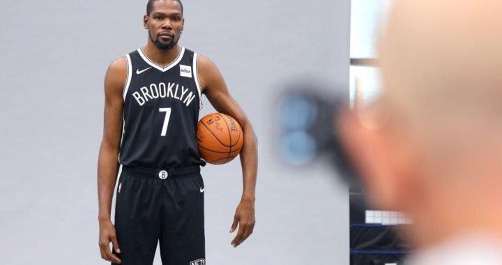 Kevin Durant podría volver a la acción en esta temporada