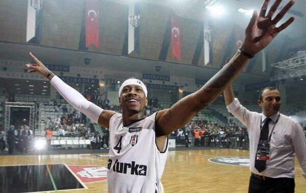 El curioso paso de Allen Iverson por el baloncesto de Turquía